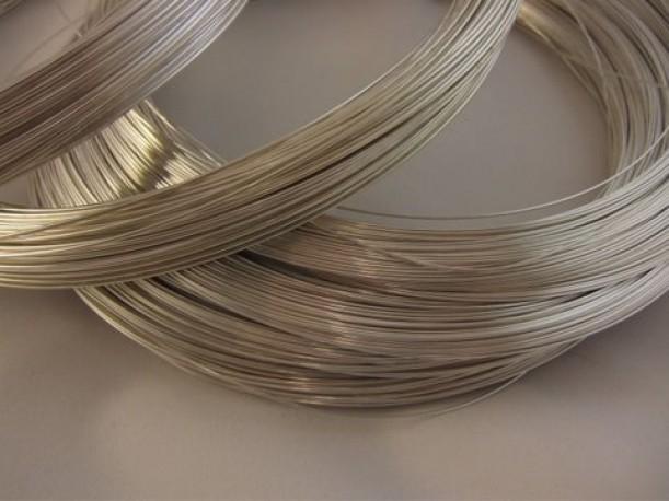 Drut ze srebra pr 930 fi 0.5 mm x 0.5 mb, twardy i sprężysty